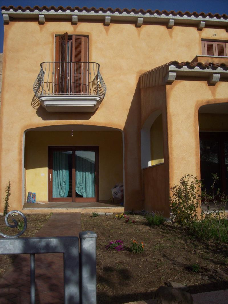 Vendita case vacanza in provincia di olbia tempio for Casa vacanza san teodoro